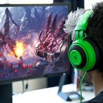 Razer-Kraken-Pro-V2-Oval-Ear-Cushions-Analog-Gaming-Headset-for-PC-Xbox-One-and-Playstation-4-Green-0-2